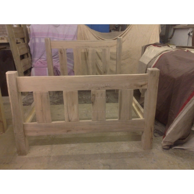 Four Poster Slat Bed