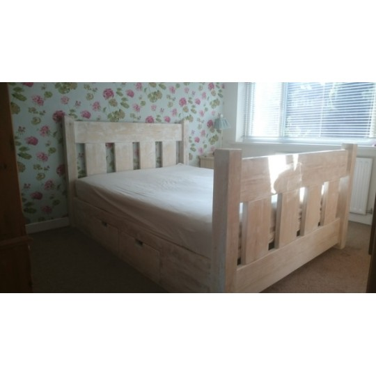 White Washed Slat Bed