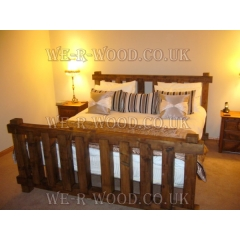 4 x 4 Poster Bed